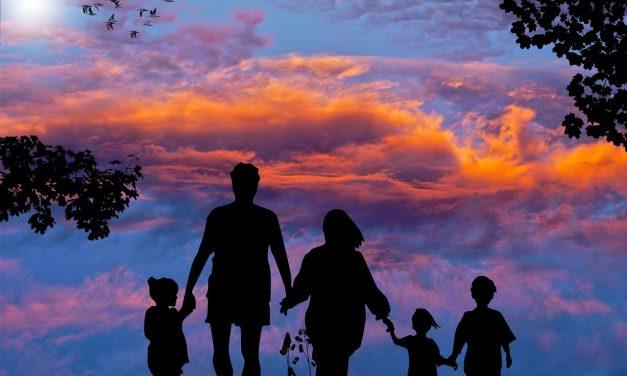 Comment planifier des vacances en famille